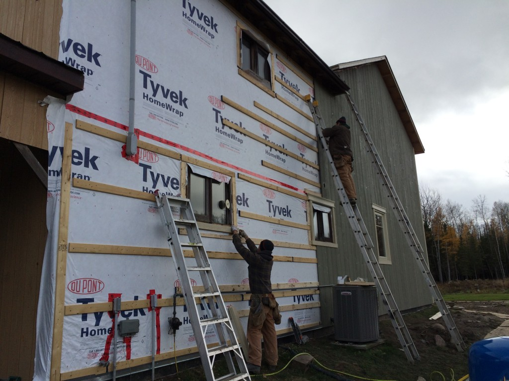 Maibec wood siding installer
